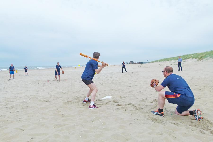activiteiten beachgames softbal